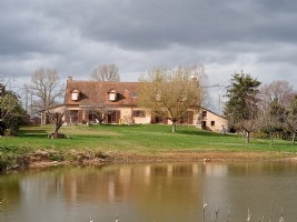 Beautiful spacious house with pond.