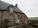 4 bedroom country house with large garden and barns