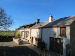 6 bedroom detached country house with swimming pool and outdoor summer kitchen.