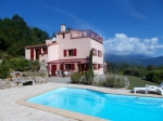 *Country property with magnificent views, pool, 2 hectares, 4 bedrooms, 4 bathrooms set in nature !