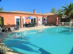 * Superb villa with swimming pool and large garden
