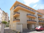 Light 2 bedroom apartment with parking in Perpignan