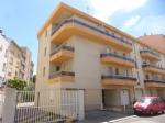 Light 2 bedroom apartment with parking in Perpignan