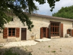 Amazing Views For This 4 Bedroom Renovated Stone House Near Verteuil