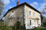 Attractive Charentaise House With 3 Bedrooms And A Swimming Pool