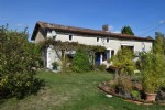 3 Bedroom Charming Old Stone House In Good Condition - Close To Champagne-Mouton