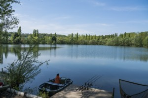 Stunning 13 acre lake