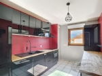 Bright 4 Bedroom Apartment, Vailly