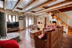 Semi detached renovated house in Vailly