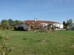 Immaculate Bungalow just outside Le Dorat - Haute Vienne