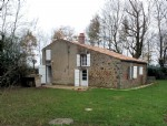 Vendee – PRETTY, RURAL STONE COTTAGE. 3 BEDROOMS