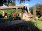 Gironde – Beautiful Detached Home. Land & Paddocks