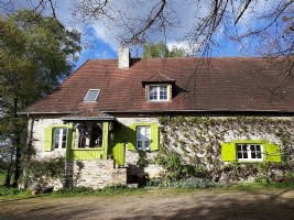 Authentic stone property close to village
