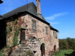 AuthentIc stone property to renovate, barn and 6 hectares