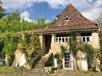 Renovation project in Dordogne Valley, full of character