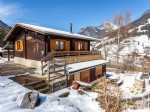 Fantastic value 3 bed / 2 bath chalet 5 mins from the lifts. Killer views!