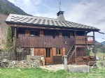 A renovated old farmhouse with 6 bedrooms, 2 bathrooms and a mazot (decorative shed)
