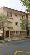 Bright duplex apartment with 136 m² of living space, 4 bedrooms and small terrace ! Pleasant !