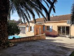 Very nice villa with 4 bedrooms on 809 m² with pool and open views, unique location !