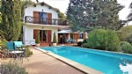 Pleasant detached house with independent gite on a 1601 m² plot with pool and views !