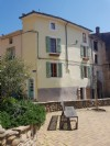 Quaint village house with 70 m² of living space, terrace and in the heart of the village.