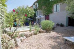 Entirely renovated stone house with 5 bedrooms, garden and pool, on the Canal du Midi !