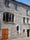 Pretty stone house with 290 m² of living space, 6 bedrooms and garden of 600 m².