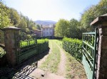Sumptuous property with main house and outbuildings on a plot of 12463 m² bordered by a river.