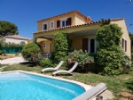 Pleasant villa with 5 bedrooms on a 590 m² with pool in a quiet estate !
