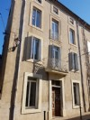 Spacious town house with 245 m² of living space, fully renovated and with a courtyard of 60 m².