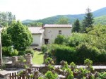 Main house of 130 m² and independent gite of 151 m² on a 2682 m² plot in the heart of nature.