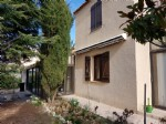 Traditional villa with 140 m² of living space on a 469 m² plot without overlooking.