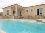 Pretty single storey villa with 5 bedrooms on a 1002 m² plot with terraces, pool and views !