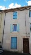 Village house to finish renovating with 3 bedrooms, courtyard, terrace and potential !