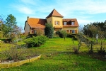 Charming property in Périgord : character house in Perigord-style with tower