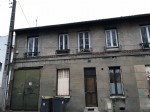 City house to restore, close to the subway station
