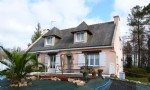 Five bedroom house in large grounds close to village