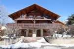 SERRE CHEVALIER, large wood chalet, calm environment