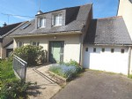 Attached house 4 bedrooms close to the centre of Pontivy