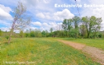 Serviced field with CU and permit in a beautiful environment