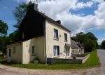 Four bedroom house with three cottages to renovate