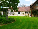In the countryside, 10 minutes from L'Aigle and its amenities, do not miss this beautiful house