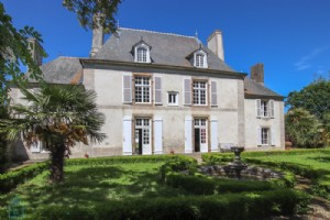Historical property on the outskirts of Saint Malo