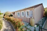 Wmn2302, Roquebrune/s-Argens, Detached Villa 3 Bedrooms On Ground Floor 335,000 €