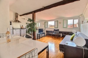 Wmn2419991, 1-2-Bedroom Apartment - Nice Old Town