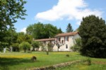 Village House for sale 5 bedrooms 5868m2 land ,South facing ,Over 1 acre land