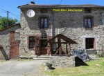 Stone cottage in need of refreshment ~ 110m², 2 bedrooms, garden 620m²