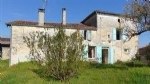4 bedroom house with attics, barn and garden, Brioux sur Boutonne