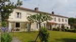 House with 4 bedrooms, gite, large garden, Saint Jean D'Angély