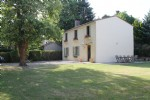 Charming 3 bedroom detached village house with garden